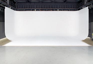 メディア・ガーデン Bスタジオ