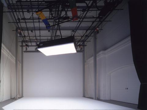 横浜スーパー・ファクトリー G studio