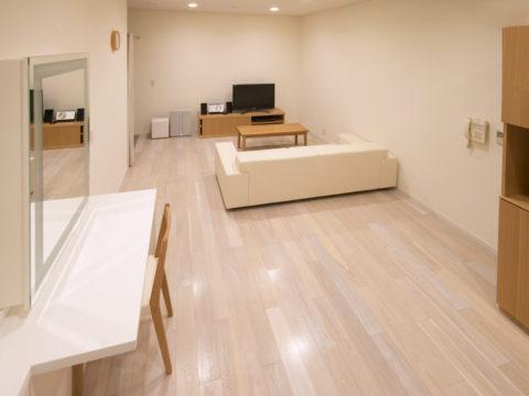 横浜スーパー・ファクトリー A studio