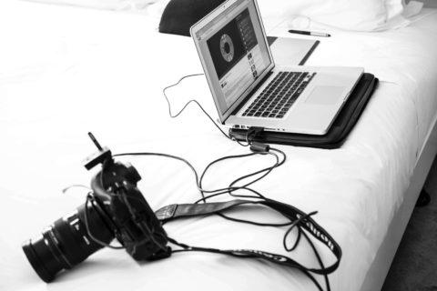 カメラとパソコンの画像