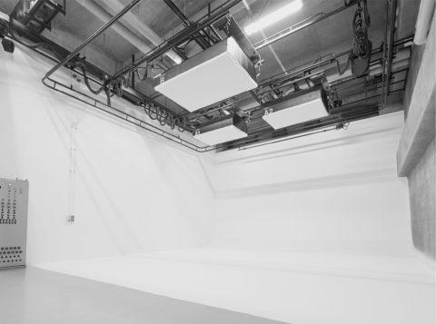 10BANスタジオ Y-6